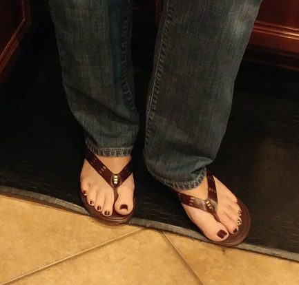 Thong sandals on pretty feet