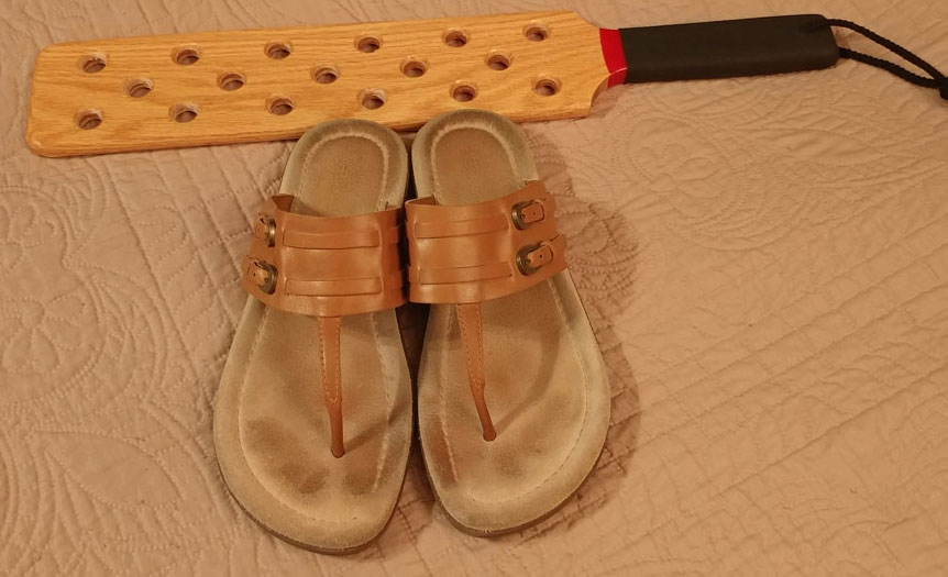 spencer paddle and tan sandals