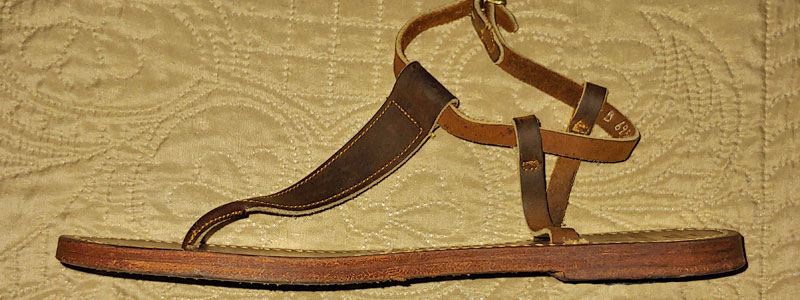 leather t-strap sandal side
